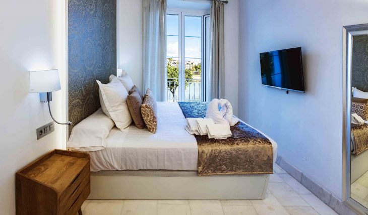 Betis 7 Luxury Boutique Apartments
