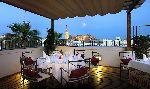Restaurante con vistas panorámicas a la catedral de Sevilla
