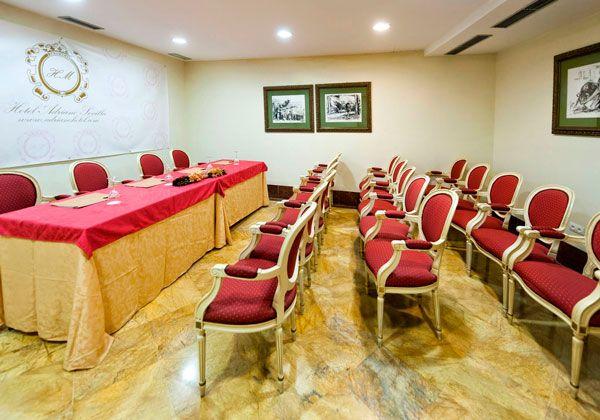 Salón de reuniones Hotel Adriano