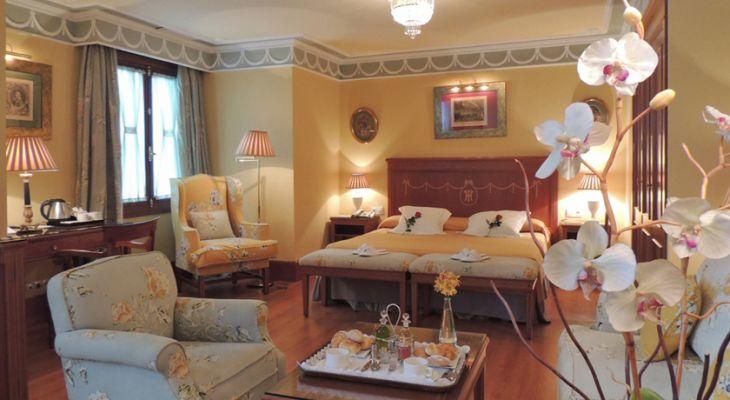 Habitación Deluxe del Hotel Inglaterra en Sevilla