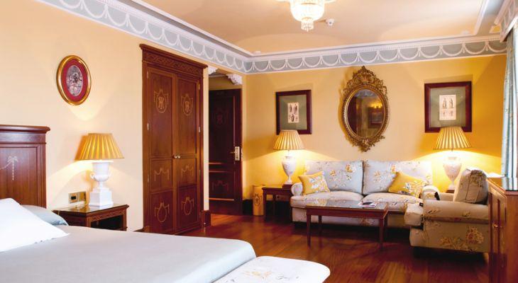 Habitación Senior Suite del Hotel Inglaterra en Sevilla