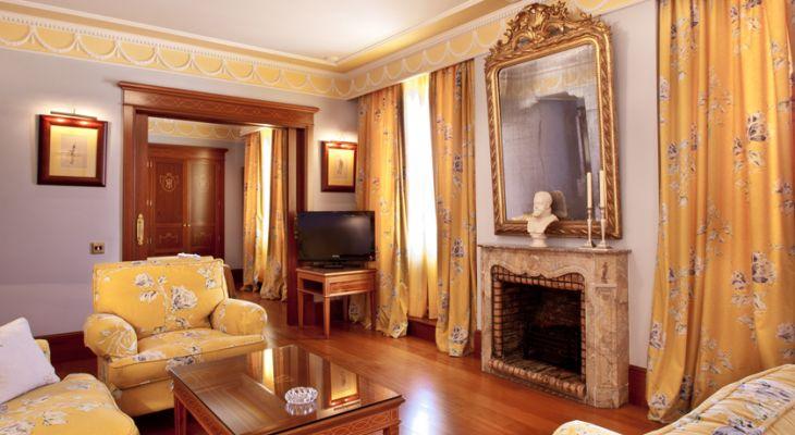 Habitación Junior Suite del Hotel Inglaterra en Sevilla