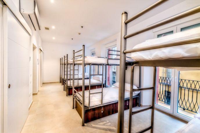 Hostel A2C