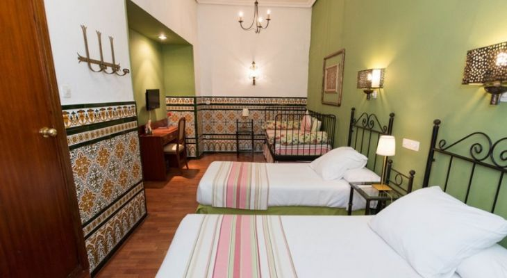 Habitacion Triple Hotel Abanico Sevilla