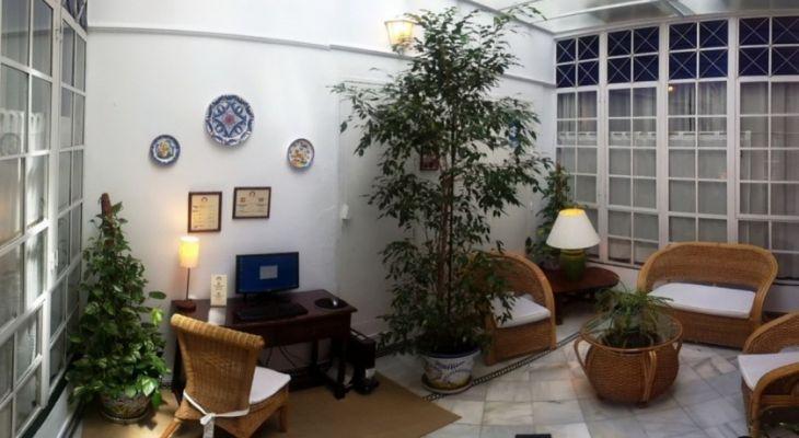 Patio & Internet Corner Hotel Abril Sevilla