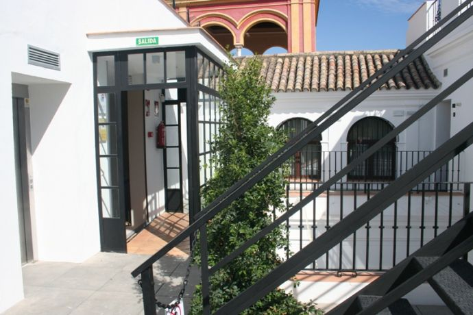 Apartamentos Suites Murillo Segovias