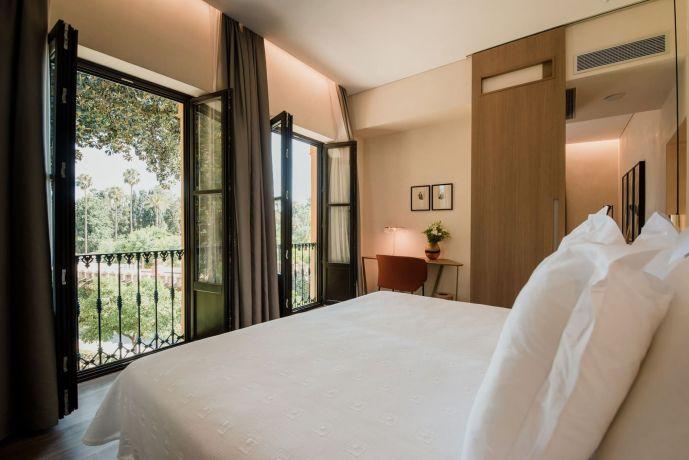 Apartamentos Suites Murillo Plaza de Santa Cruz